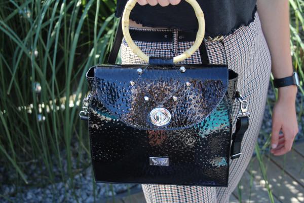 Artikelbild 1 des Artikels schwarze Lack-Leder Handtasche Umhängetasche