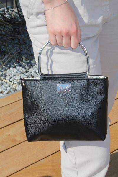 Artikelbild 1 des Artikels schwarze Lederhandtasche mit Metallgriffen